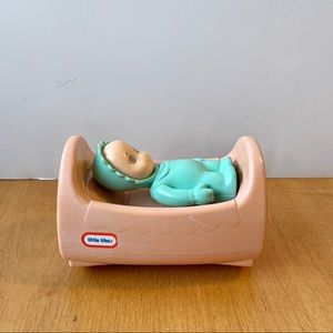 Little Tikes Dollhouse Cradle and Baby